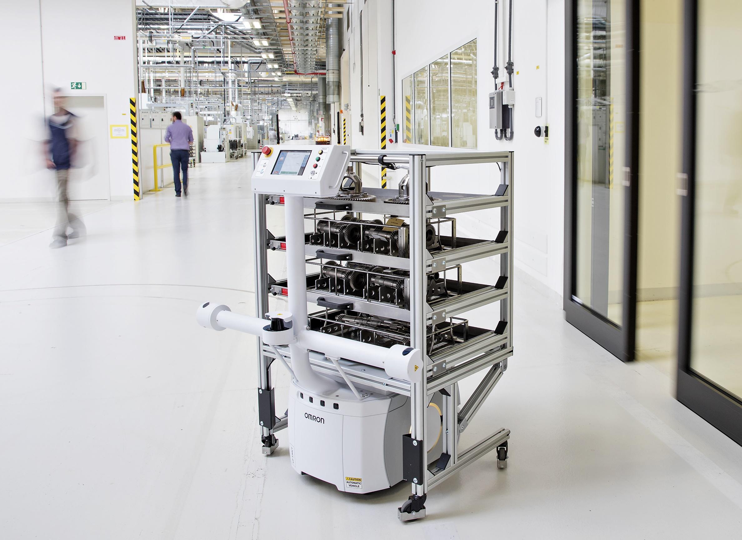 Завод компании Skoda обзавелся роботом с автопилотом 1