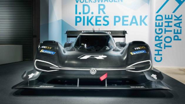 Volkswagen рассекретил характеристики электро-болида I.D. R Pikes Peak 2