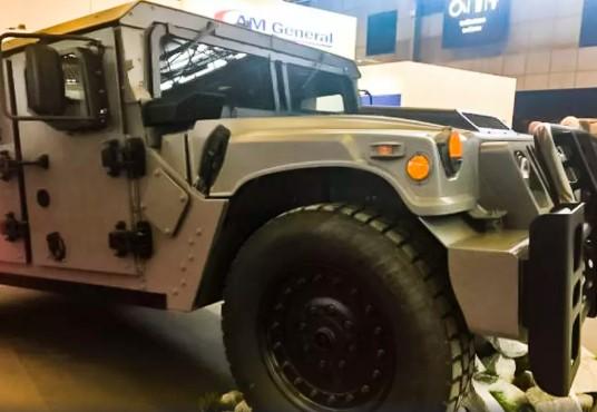 Американцы рассекретили новую боевую машину Humvee 1