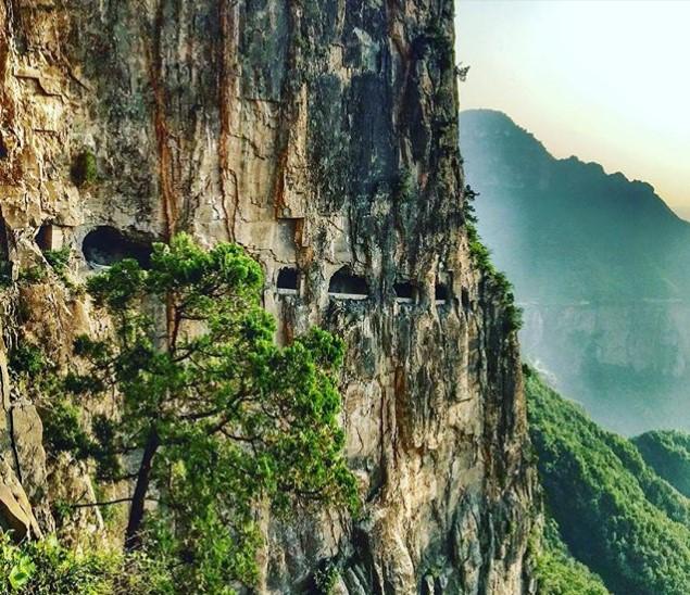 Где находится одна из самых необычных дорог мира 2
