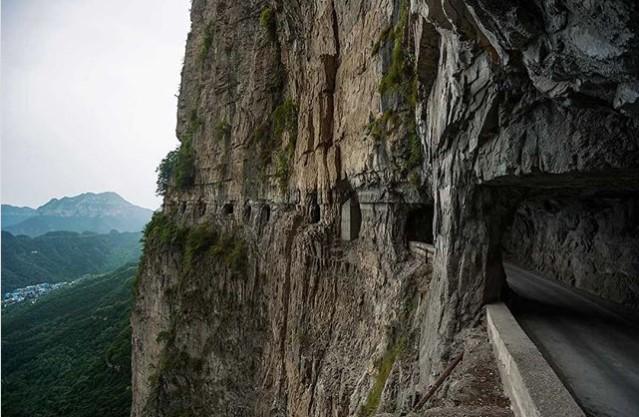 Где находится одна из самых необычных дорог мира 3