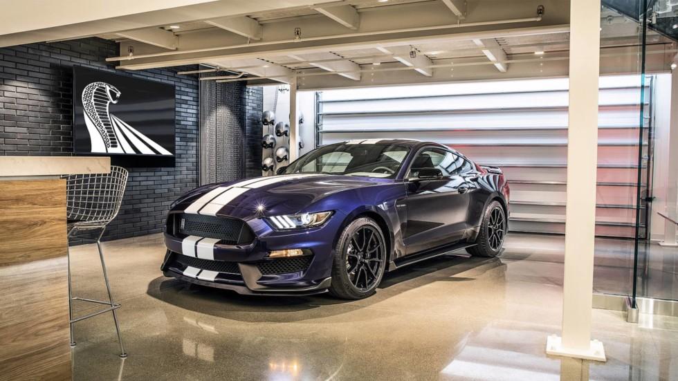 Ford Mustang Shelby GT350 поменял спойлер на антикрыло после обновления 4