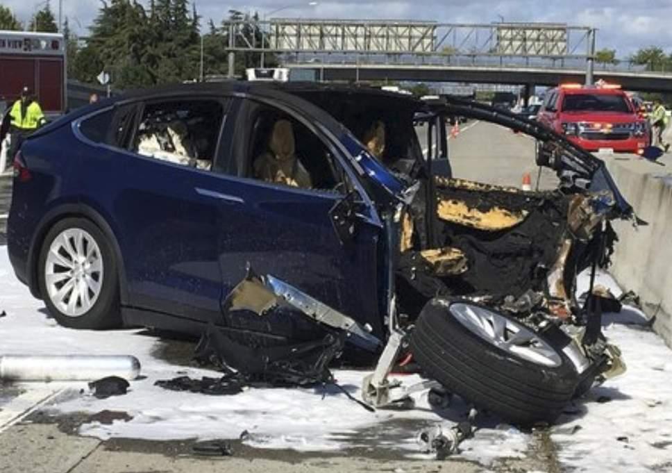 Опубликованы подробности смертельного ДТП с участием беспилотника Tesla 2
