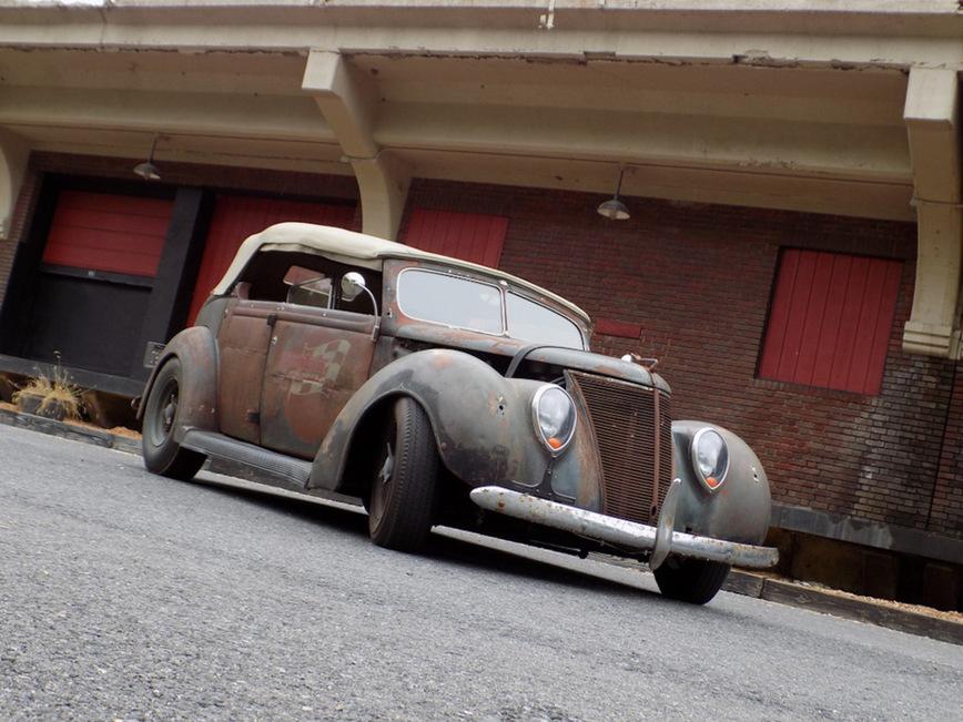 Ford Phaeton 1937 года получил вторую жизнь 1
