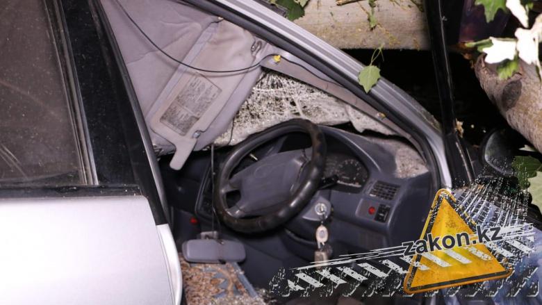 Водитель спасся от смерти благодаря «правому» рулю 1