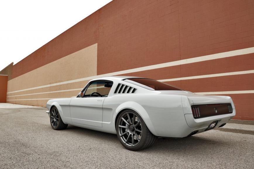 Из Ford Mustang 1965 года сделали современное купе Vapor 2