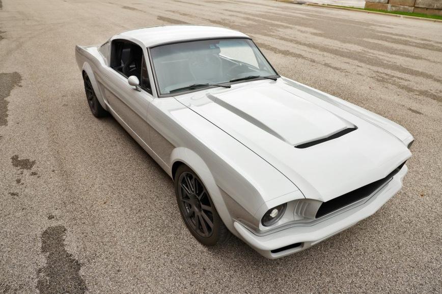 Из Ford Mustang 1965 года сделали современное купе Vapor 1