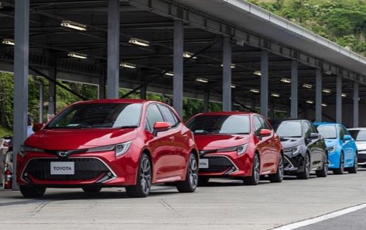 Стартовали продажи хэтчбека Toyota Corolla нового поколения 2