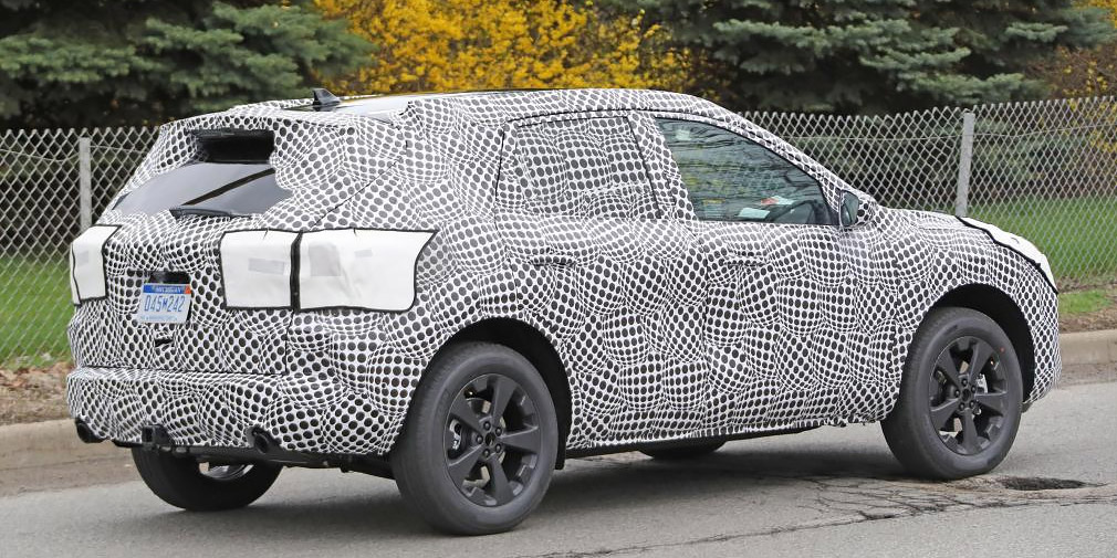 Ford Kuga станет гибридом 2
