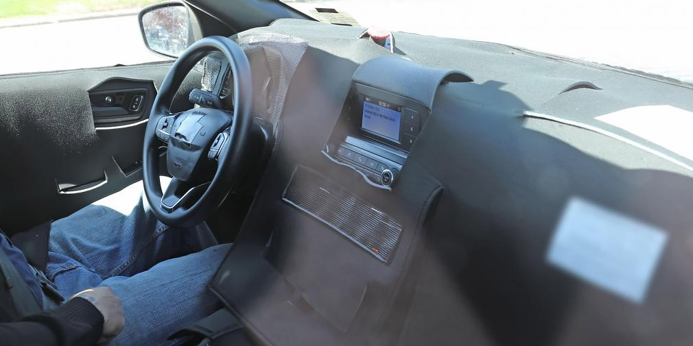 Ford Kuga станет гибридом 1