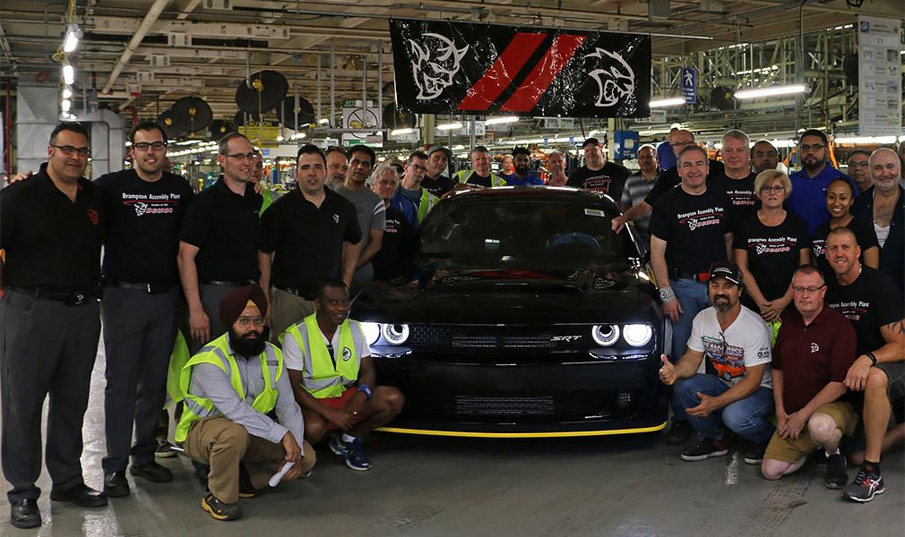 Последний 850-сильный Dodge Challenger Demon продадут на аукционе 1