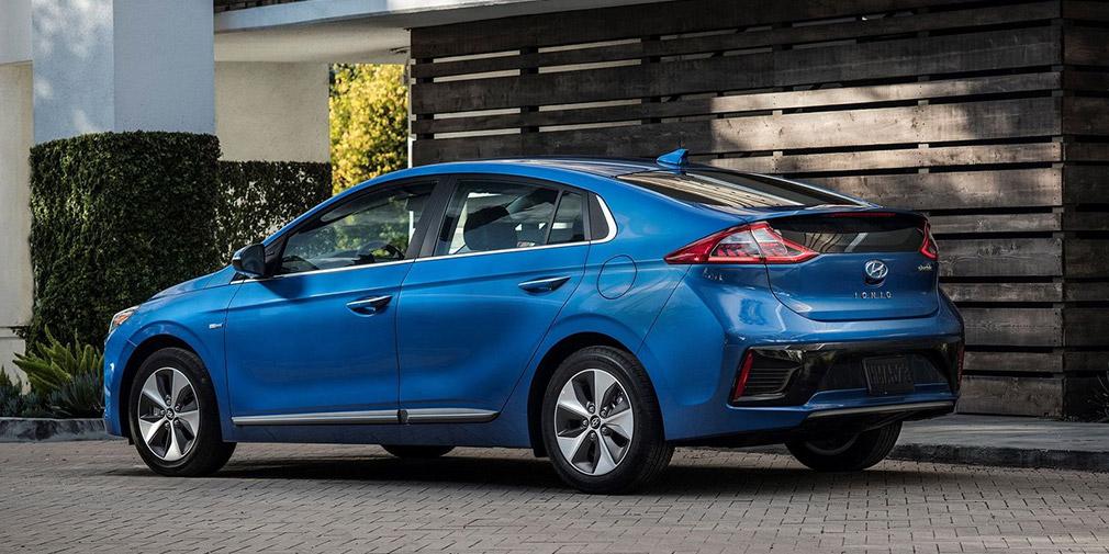 Компания Hyundai представила обновленный Ioniq 1