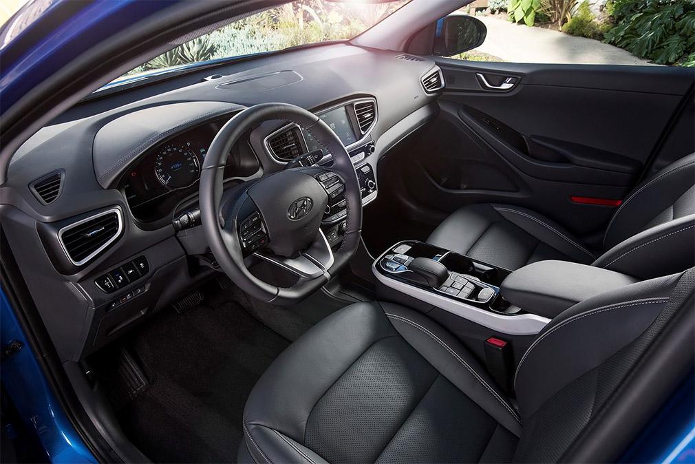 Компания Hyundai представила обновленный Ioniq 2