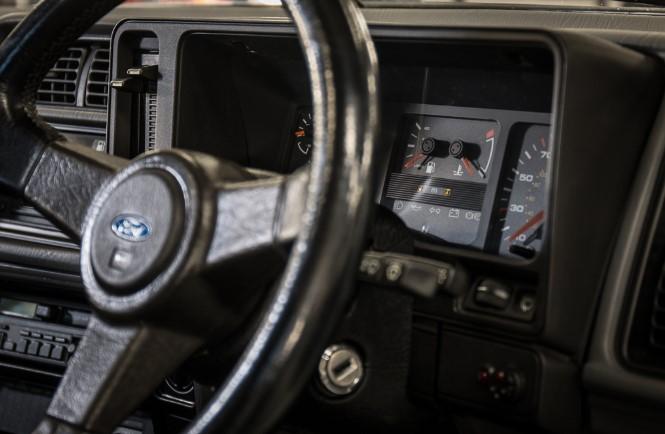 Старый Ford Sierra продали за огромную сумму 2
