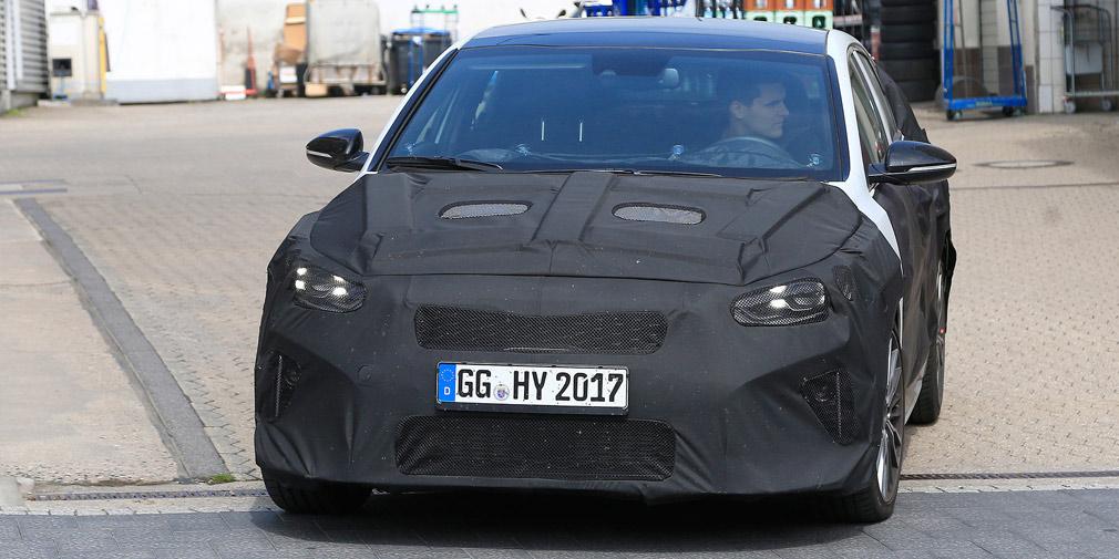 Kia тестирует новый Ceed с кузовом Shooting Brake 1