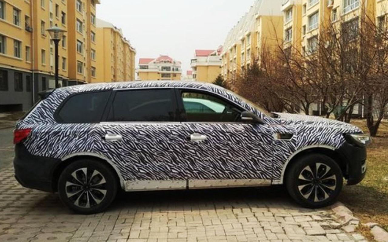 Китайцы «сплагиатили» Audi Q7 2