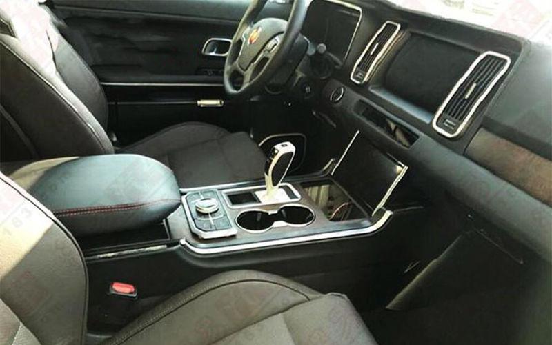 Китайцы «сплагиатили» Audi Q7 3