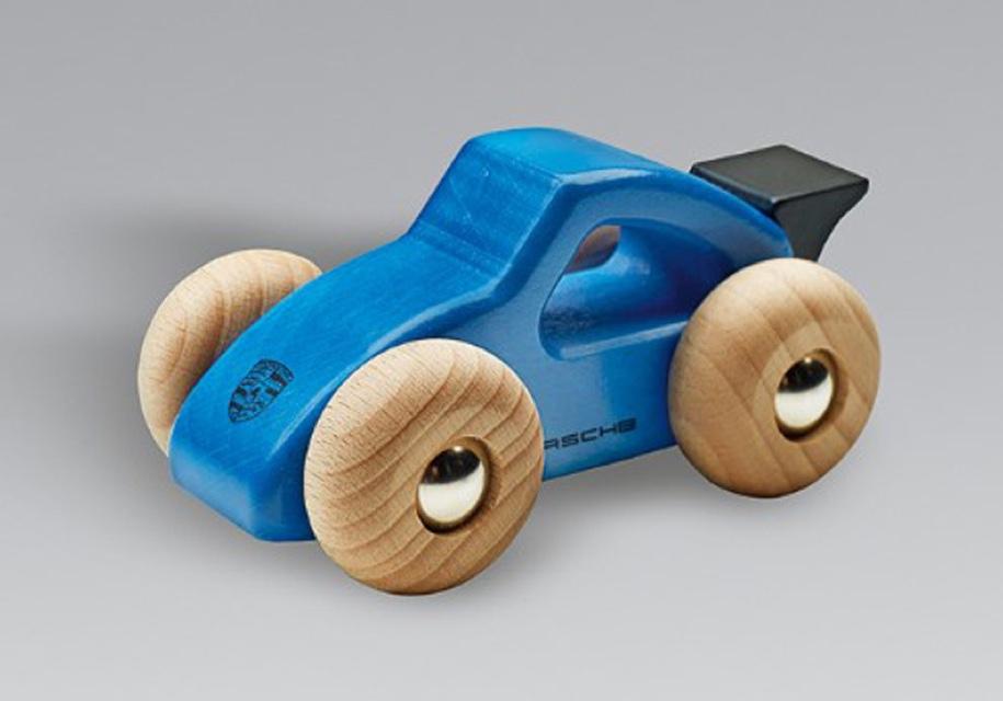 Porsche отзывает игрушечные автомобили 1