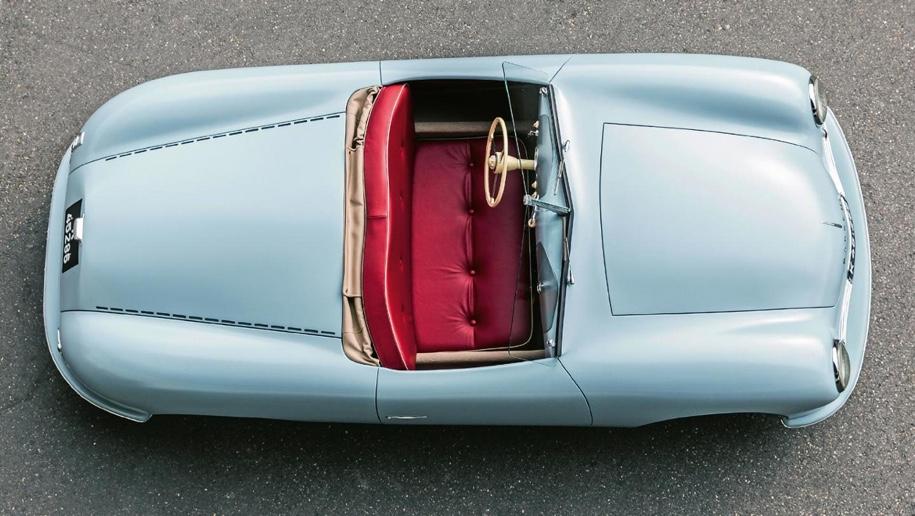 Компания Porsche заново построила свой первый автомобиль 1
