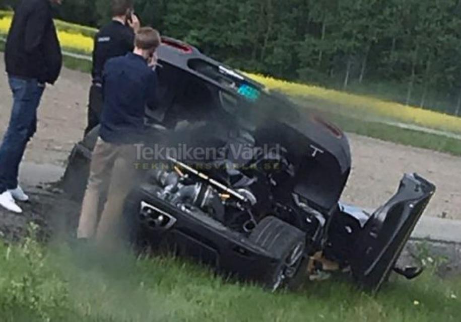 Уникальный Koenigsegg разбили во второй раз 1