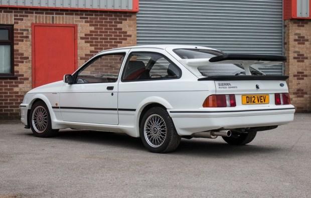 Старый Ford Sierra продадут по цене нового BMW M5 2