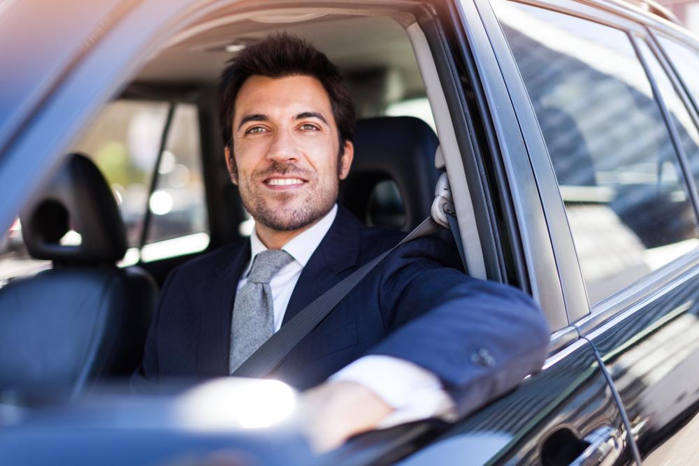 Мужчины на крутых машинах больше не привлекают женщин 2