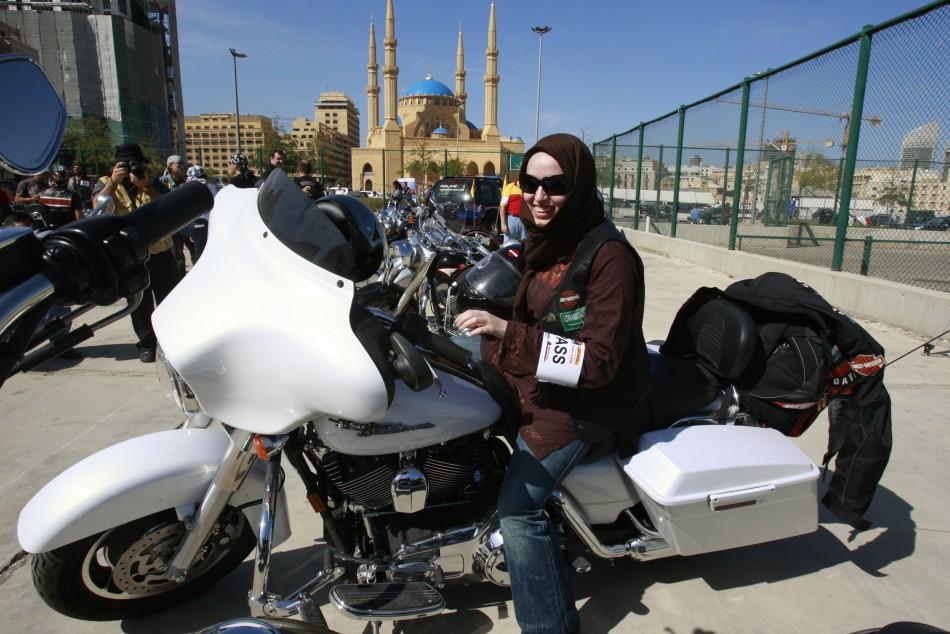 Саудиткам разрешили «оседлать» мотоциклы 1