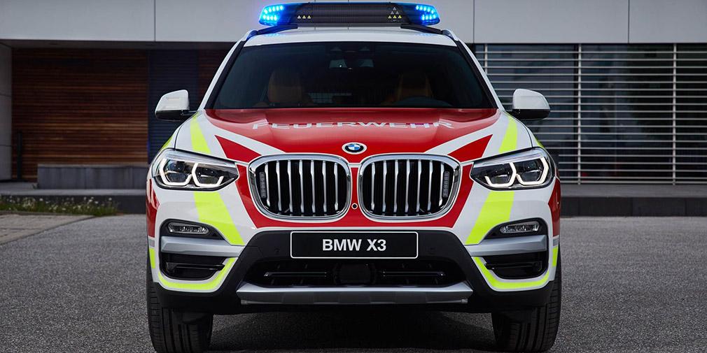BMW презентовала полицейский MINI и пожарный X3 1