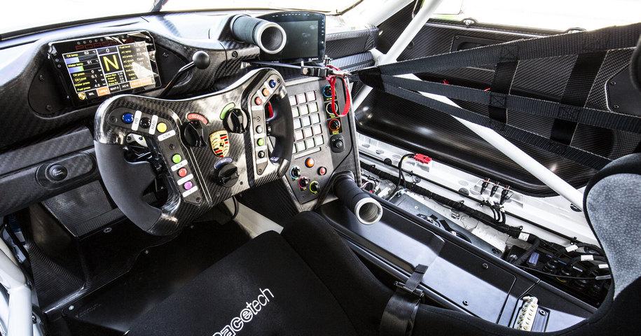 Porsche усовершенствовала гоночный 911-й 3