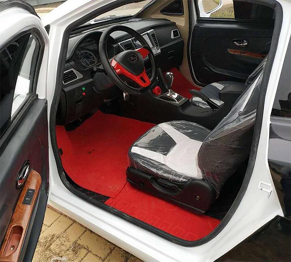 Китайцы построили 3-сильный Bugatti Chiron за 5 тысяч долларов 3