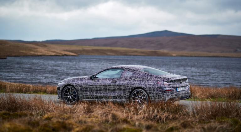 BMW показала новую «восьмерку» на фото 2
