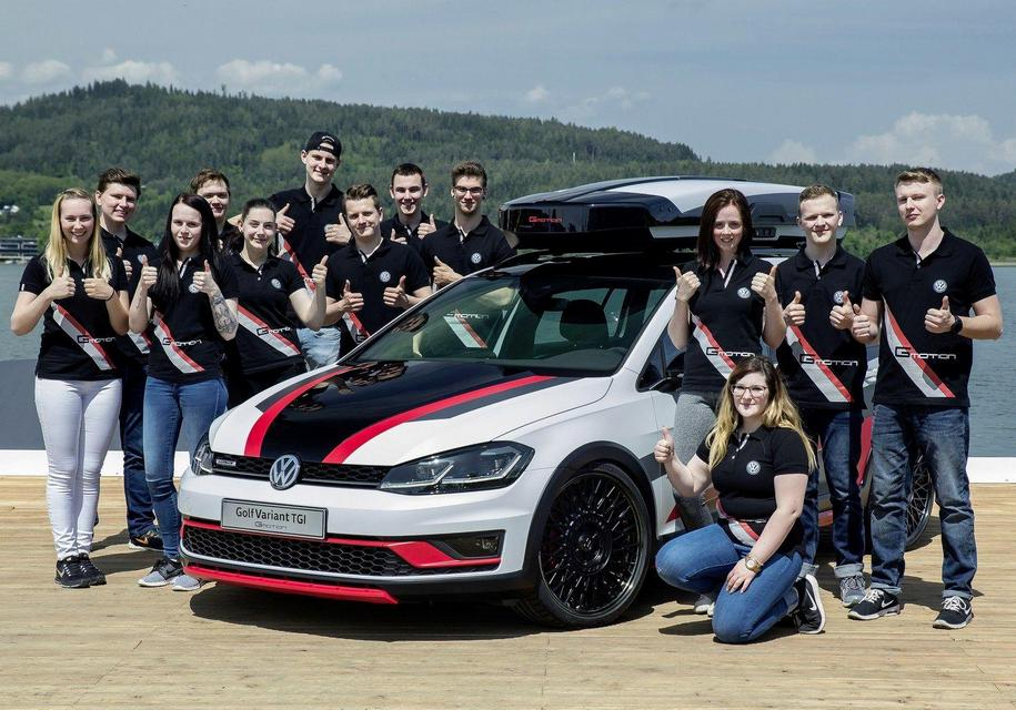 Молодежь с заводов Volkswagen сделала 414-сильный Golf GTI и газовый кросс-универсал 3