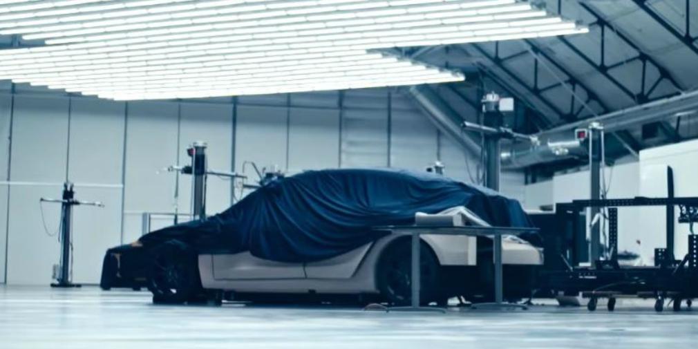 Tesla показала изображение таинственной модели 1