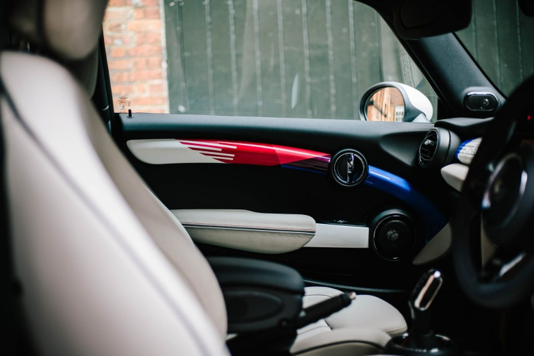 Mini Cooper станет «героем» свадьбы британского принца 4