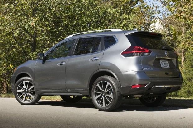 Nissan выводит на рынок новый семейный кроссовер 2