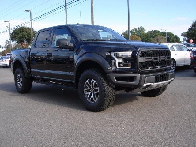 Ford вынужден приостановить производство своих пикапов 1