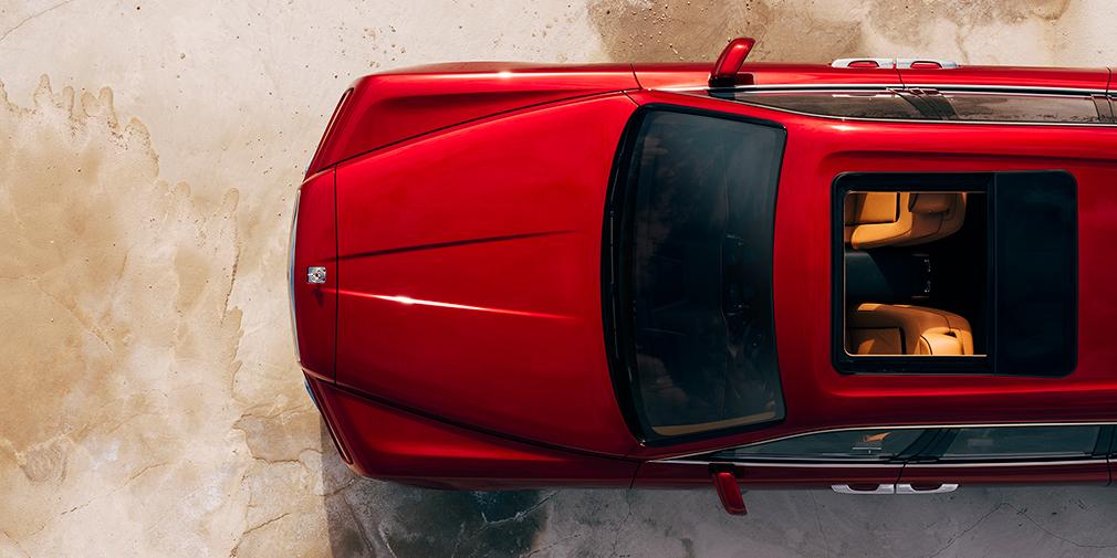 Rolls-Royce официально представил свой первый кроссовер 6