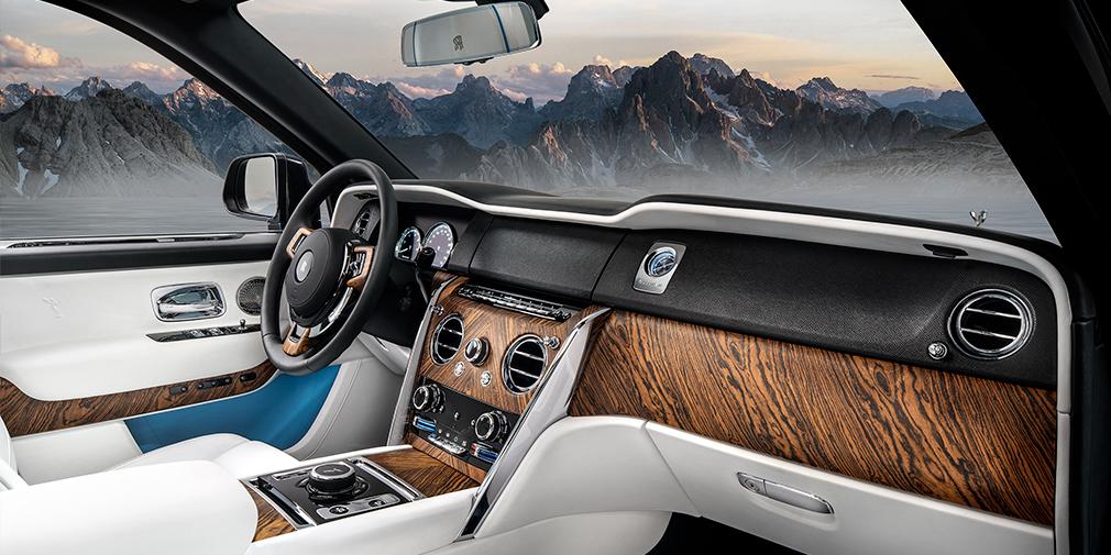 Rolls-Royce официально представил свой первый кроссовер 9