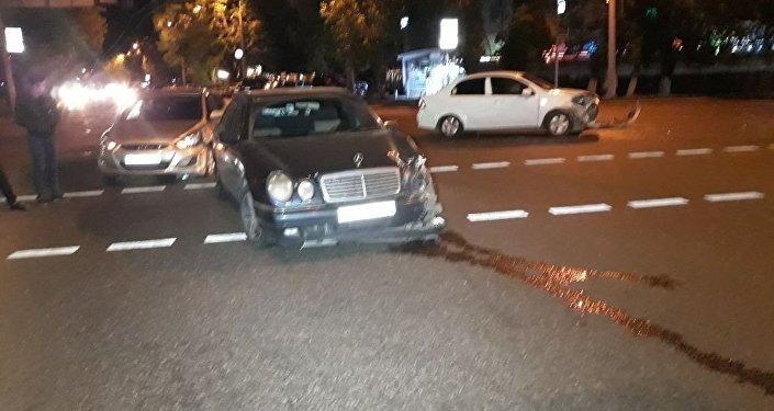 Водитель на автомобиле ЗАЗ устроил крупное ДТП в Казахстане 2