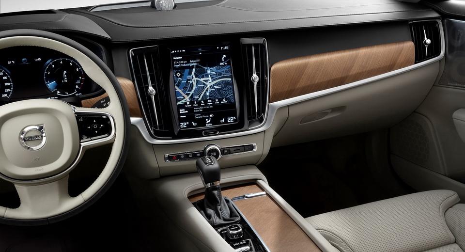 Volvo переходит на Android 1