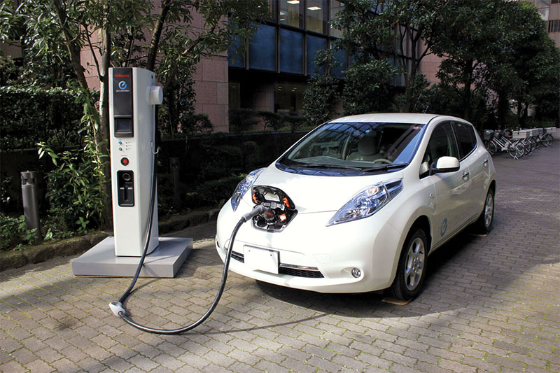 В Великобритании запретят почти все автомобили, даже электрические 1