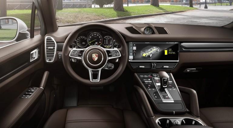 На европейский рынок выходит гибридный Porsche Cayenne 2