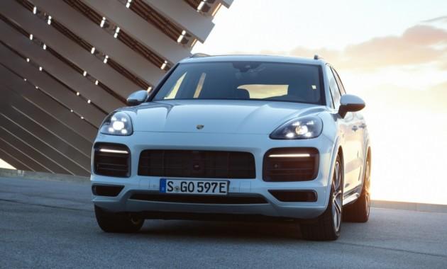 На европейский рынок выходит гибридный Porsche Cayenne 1