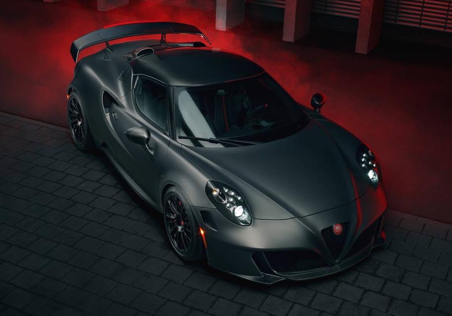 Alfa Romeo 4C «разгонят» до 308 километров в час 1