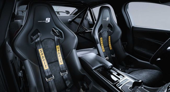 Jaguar XE SV Project 8 доработали ещё до начала производства 3