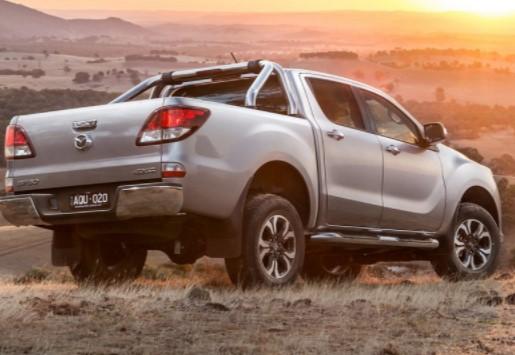 Mazda представила обновленный пикап BT-50 2