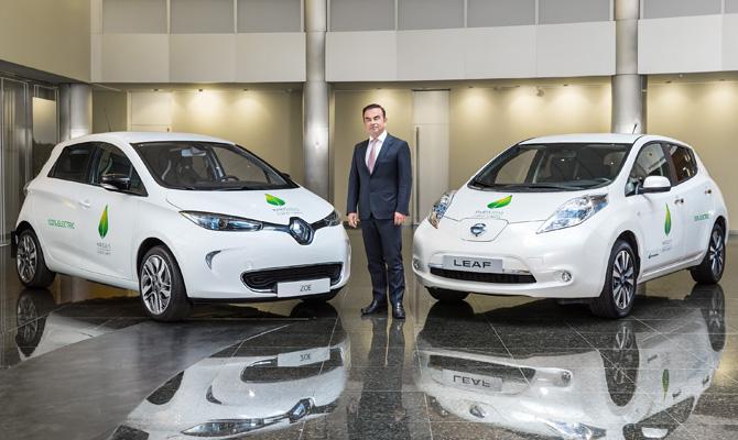 Информация о слиянии Renault и Nissan – фейк? 1