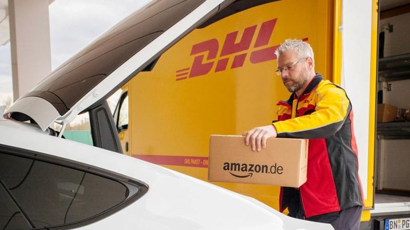 Amazon будет доставлять товары в припаркованные автомобили 1