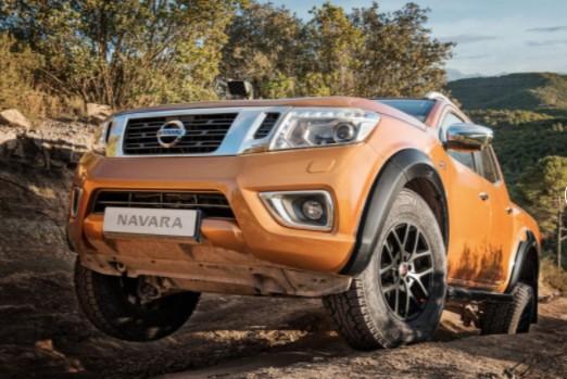Nissan Navarra получил спецверсию с увеличенным клиренсом 1