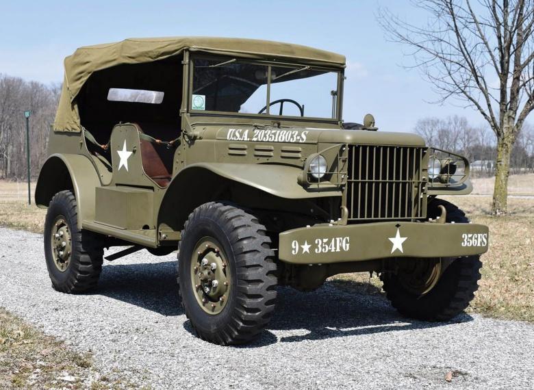 Два легендарных военных автомобиля из США пустят с молотка 3